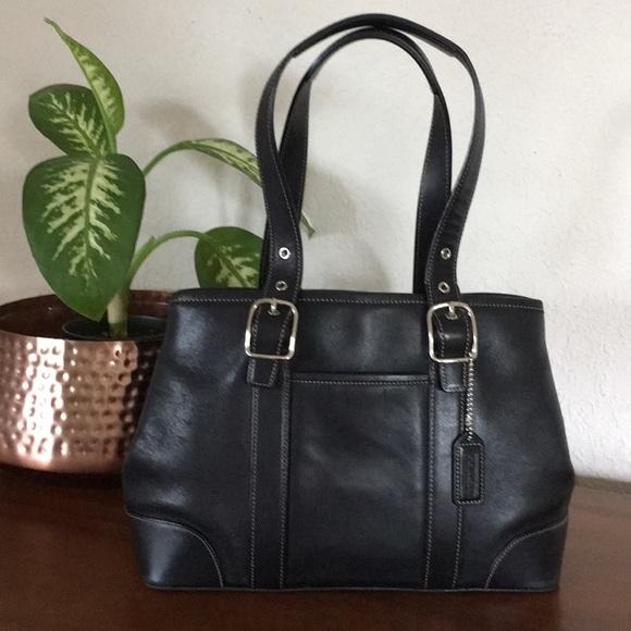 Coach Handbags - EUC🌹COACH Sleek Black Leather Tote Shoulder Bag!